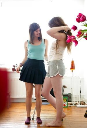 Hidden voyeur cam records amateur dykes Billie T and Tiffany dressing