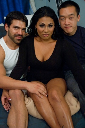 Lustful Latina tranny Doll having interracial sex with two horny cocks