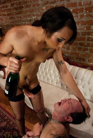 Skinny Ebony tranny Honey FoXXX destroying a guy with her thick schlong