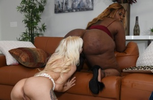 Hot And Mean Kenzie Reeves, Victoria Cakes