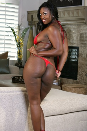 Curvy chocolate goddess Aryana Starr flaunts her ebony tits & booty for fun