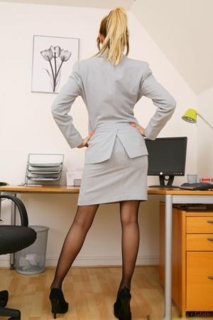 Only Secretaries}