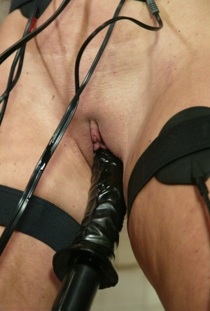 Wired Pussy