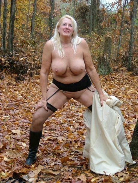 Tacamateur Nude Mature