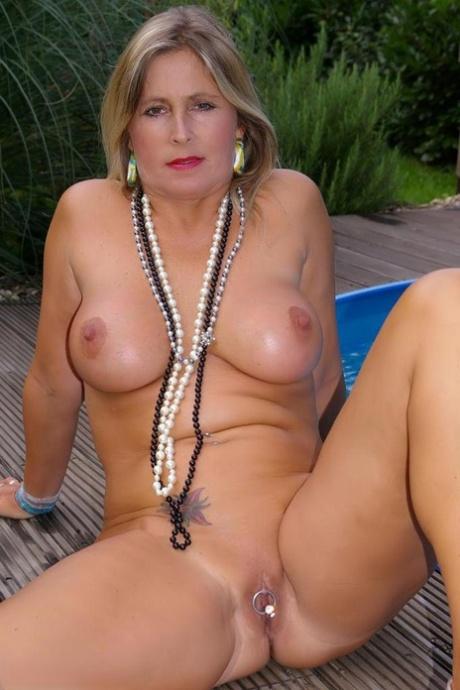 Chrissy nude Nudechrissy Video+Gallery