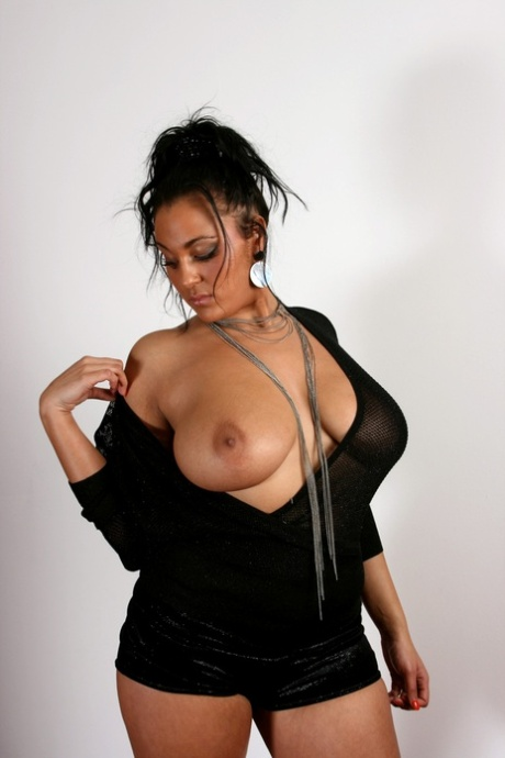 Indian big tits pics