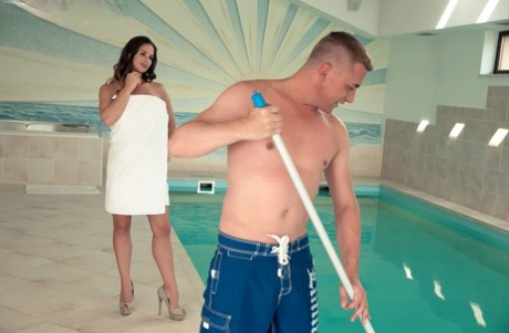 Big titted chick Cathy Heaven gets double fucked after seducing pool cleaners