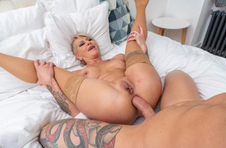 Porn mature anal Anal