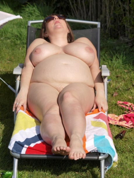 Nude bbw pics