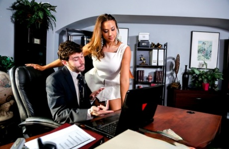 Busty chick Chanel Preston bangs her man friend after watching porn on laptop
