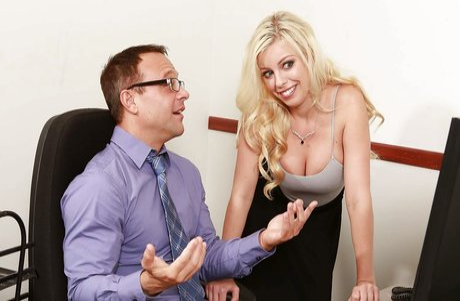 Blonde pornstar Britney Amber takes creampie after seducing sex in office