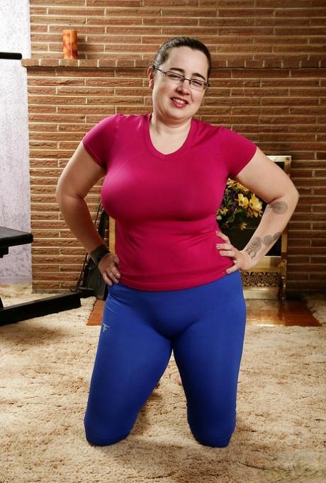 Mature ssbbw pawg in yoga pants Bbw In Yoga Pants Pics Pics Pornpics Com