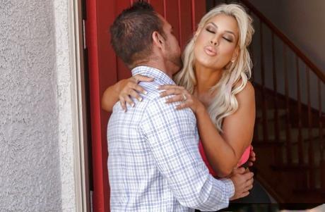 Stunning cougar MILF Bridgette B wants cum on hwer huge tits after blowjob