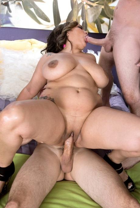 Latina Milf Anal Threesome