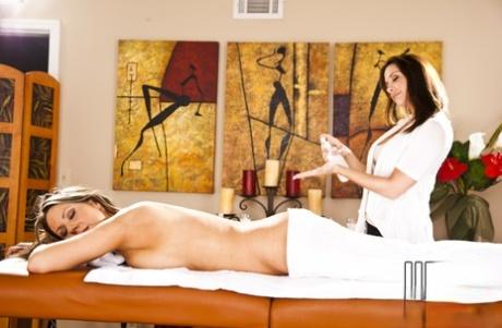 Foxy MILFs Carolyn Reese & Chanel Preston make some hot lesbian action