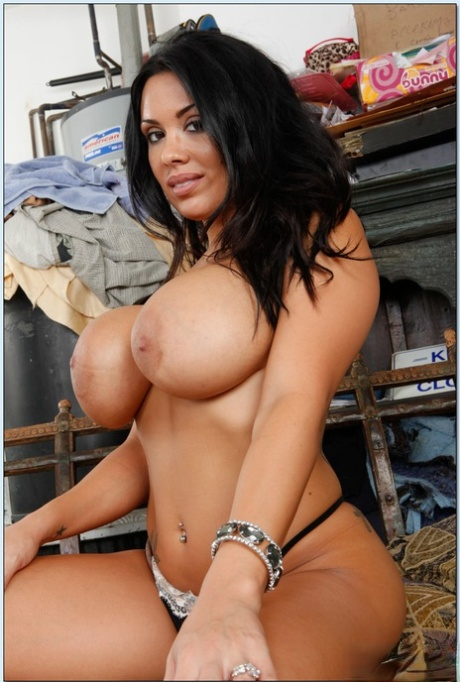 Sienna west hot