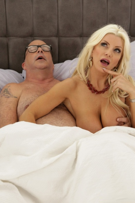 Nackt  Brittany Andrews Brittany Andrews