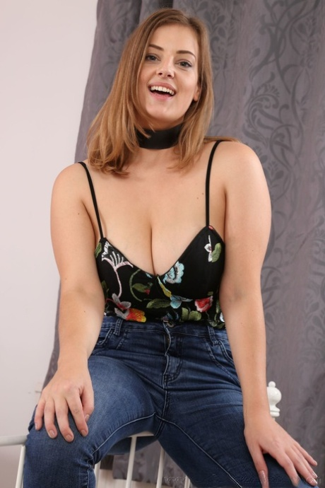 Lottie Rose  nackt