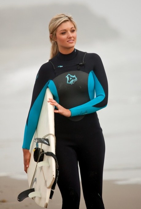 Playboy stunner Katie Vernola enjoys posing nude after surfing classes
