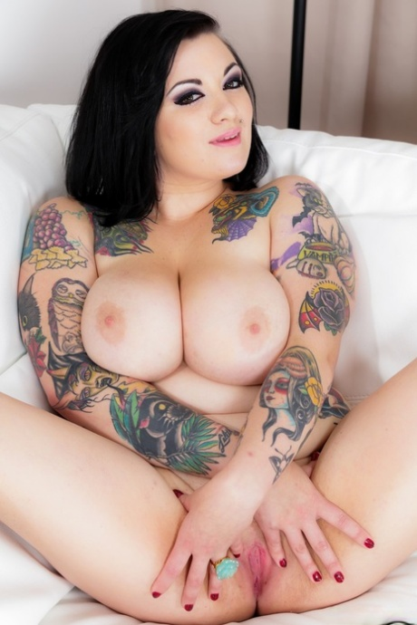 Busty tattooed fatty Scarlet LaVey sheds her gown to show her big natural tits