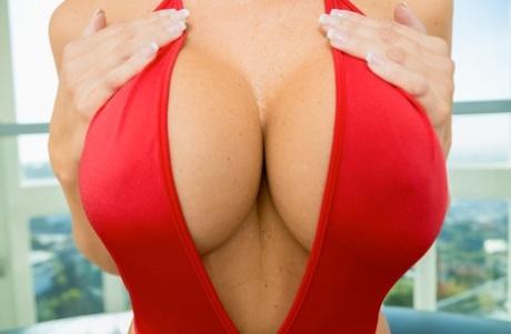 Tits bikini porn big Retro Bikini