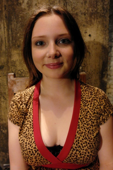 Wired Pussy Princess Donna Dolore, Sara Scott
