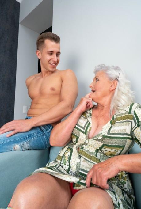 Pictures sex granny marshillmusic.merchline.com :