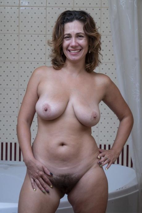 Mature porn hairy