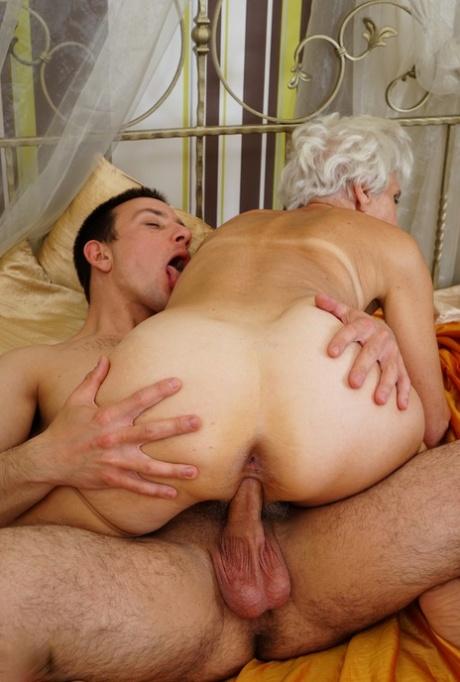 Pornpics granny