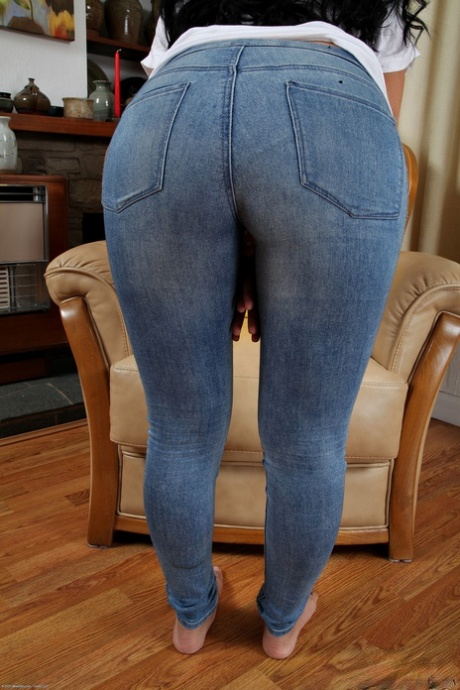 Adult hd jeans ass gallary