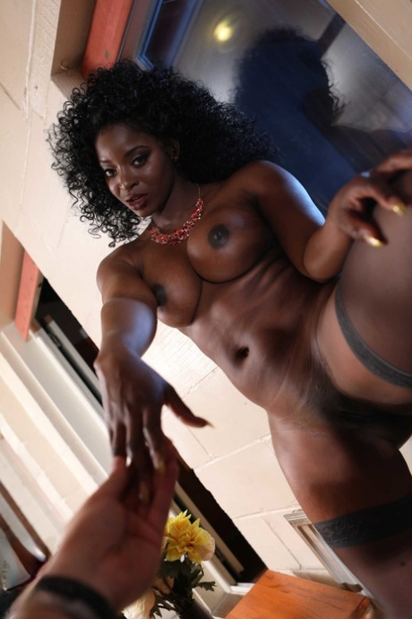 Sexy black woman Jasmine Webb sucks white dong and takes it in her muff